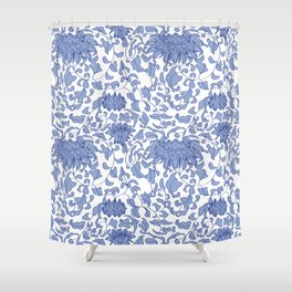 Chinoiserie Vines in Delft Blue + White Duschvorhang