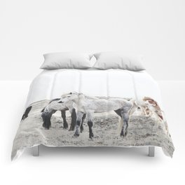 WILD AND FREE  1 - HORSES OF ICELAND Comforters