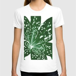 Lily Infrared In Green T-shirt