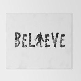 I Believe Yeti Bigfoot Sasquatch Throw Blanket