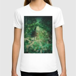 Abstract illustration of fairy fly in the forest T-shirt