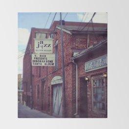Blues Alley (Washington, DC) Throw Blanket