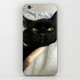 THE CAT WITH NO NAME M* iPhone Skin