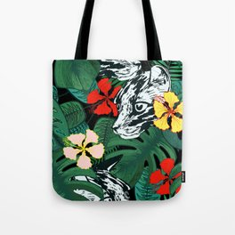 Tropical floral jungle. Exotic forest. Leopard with flowers. Tote Bag