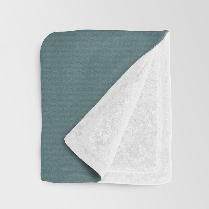 ISBJERG #03 Throw Blanket