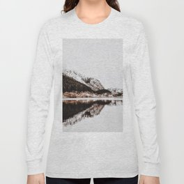 LAKE - OCEAN - BAY - SNOW - MOUNTAINS - HILLS - PHOTOGRAPHY Long Sleeve T-shirt