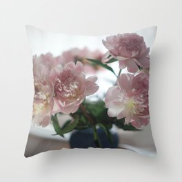 LOUVE FLORALE Throw Pillow