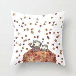 nesting season Throw Pillow