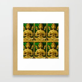 praying budda Framed Art Print