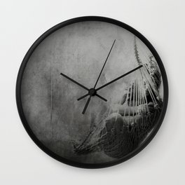 Now she's just somebody that I used to know Wall Clock