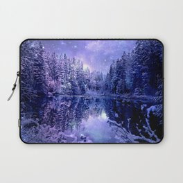 Lavender Winter Wonderland : A Cold Winter's Night Laptop Sleeve