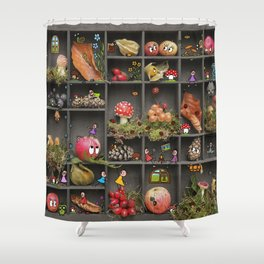 Pankies loves the autumn / Pankies lieben den Herbst Shower Curtain