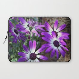 Somebody to lean on... Laptop Sleeve