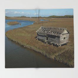 Bald Head Creek Boathouse | Bald Head Island, NC Throw Blanket