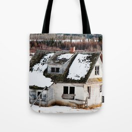 Usona Farm House 4 Tote Bag