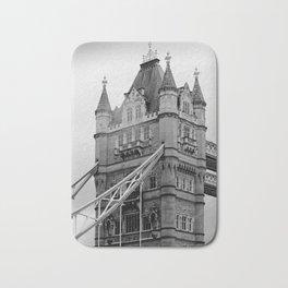 London ... Tower Bridge I Bath Mat