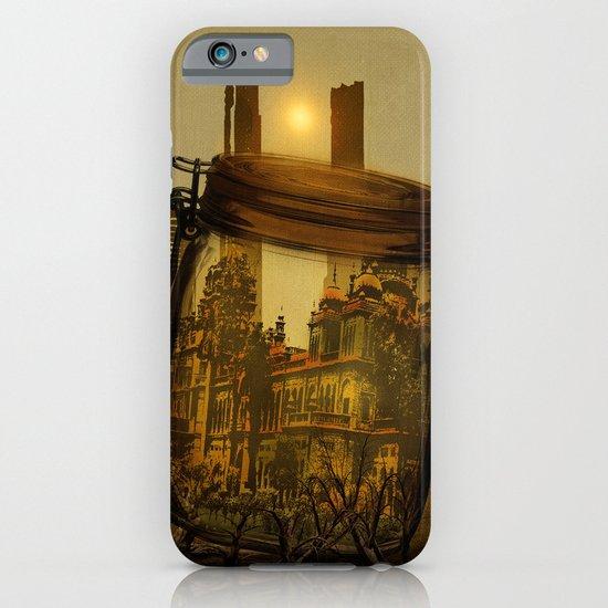 The last vintage city. iPhone & iPod Case