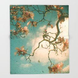Magnolia Falls Throw Blanket