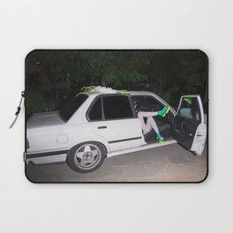 I've been waiting for you the whole week. It's time to play Laptop Sleeve