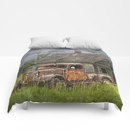 Old Vintage Pickup in front of an Abandoned Farm House Comforters