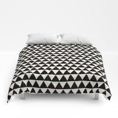 BLACK AND CREAM TRIANGLES Comforters