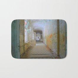 Lost Places, Beelitz Heilstaetten corridor Bath Mat