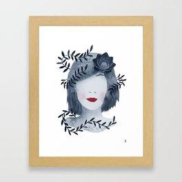 la femme fleur Framed Art Print