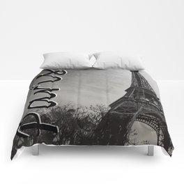 la tour eiffel Comforters