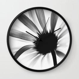 Blume SW Flower BW цветок Wall Clock