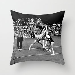 Kevin VonEric vs Frank Star Throw Pillow