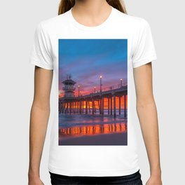 Crimson Sunset at Huntington Beach Pier. T-shirt