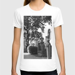 memorial street T-shirt