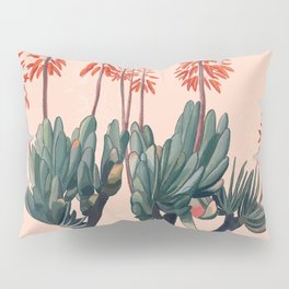 A blooming Plant Pillow Sham