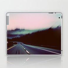 Comin' around the Mountain Laptop & iPad Skin