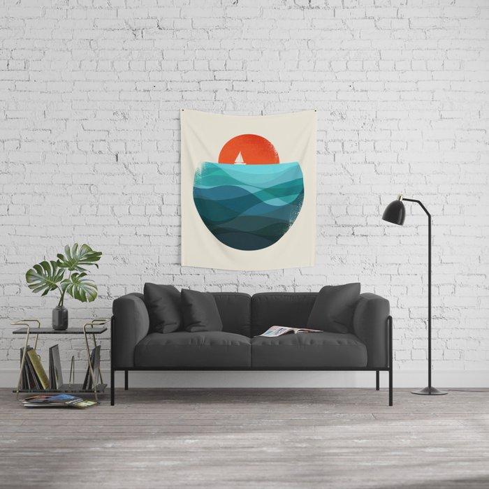 Deep blue ocean Wall Tapestry