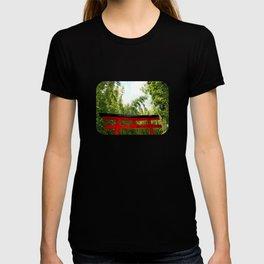 Torii gate T-shirt