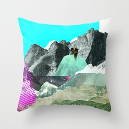 Experiment am Berg 8 Throw Pillow