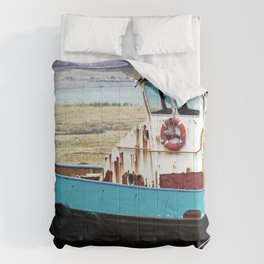 Rusted ship Comforters