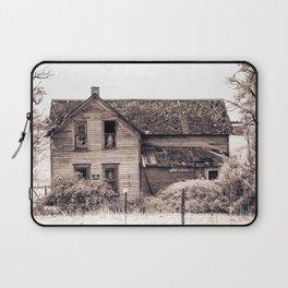 Skeleton In The Haunted House, Idaho Laptop Sleeve