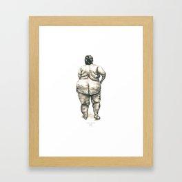 mujer en la ducha Framed Art Print