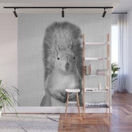 Squirrel - Black & White Wall Mural
