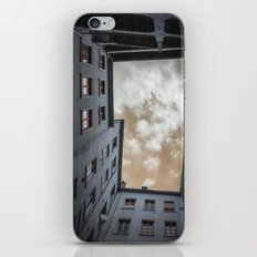 what's up in Lyon?.. iPhone & iPod Skin