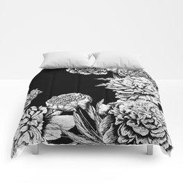 FLOWERS IN BLACK AND WHITE Comforters