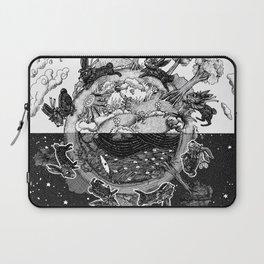 '龜兔再賽跑 The Tortoise and the Hare: Rematch' Illustration 4 Laptop Sleeve