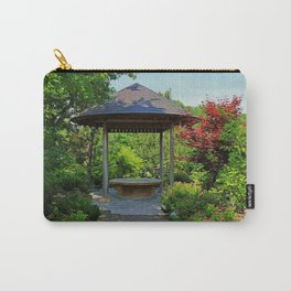 No Entanglements Carry-All Pouch