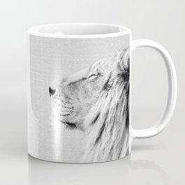 Lion Portrait - Black & White Coffee Mug