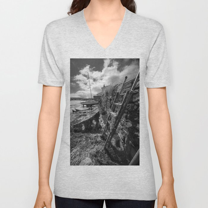 Estuary Steps Unisex V-Neck