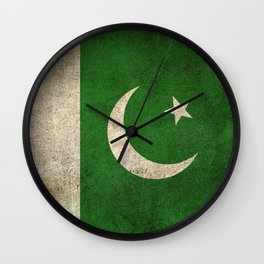 Old and Worn Distressed Vintage Flag of Pakistan Wall Clock