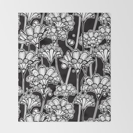 bold flowers Throw Blanket