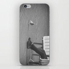 pigeon toes... iPhone & iPod Skin
